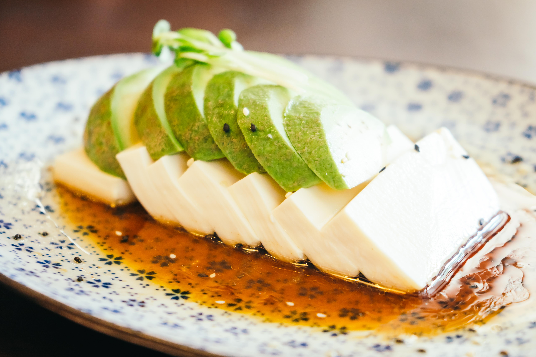 Tofu and avocado